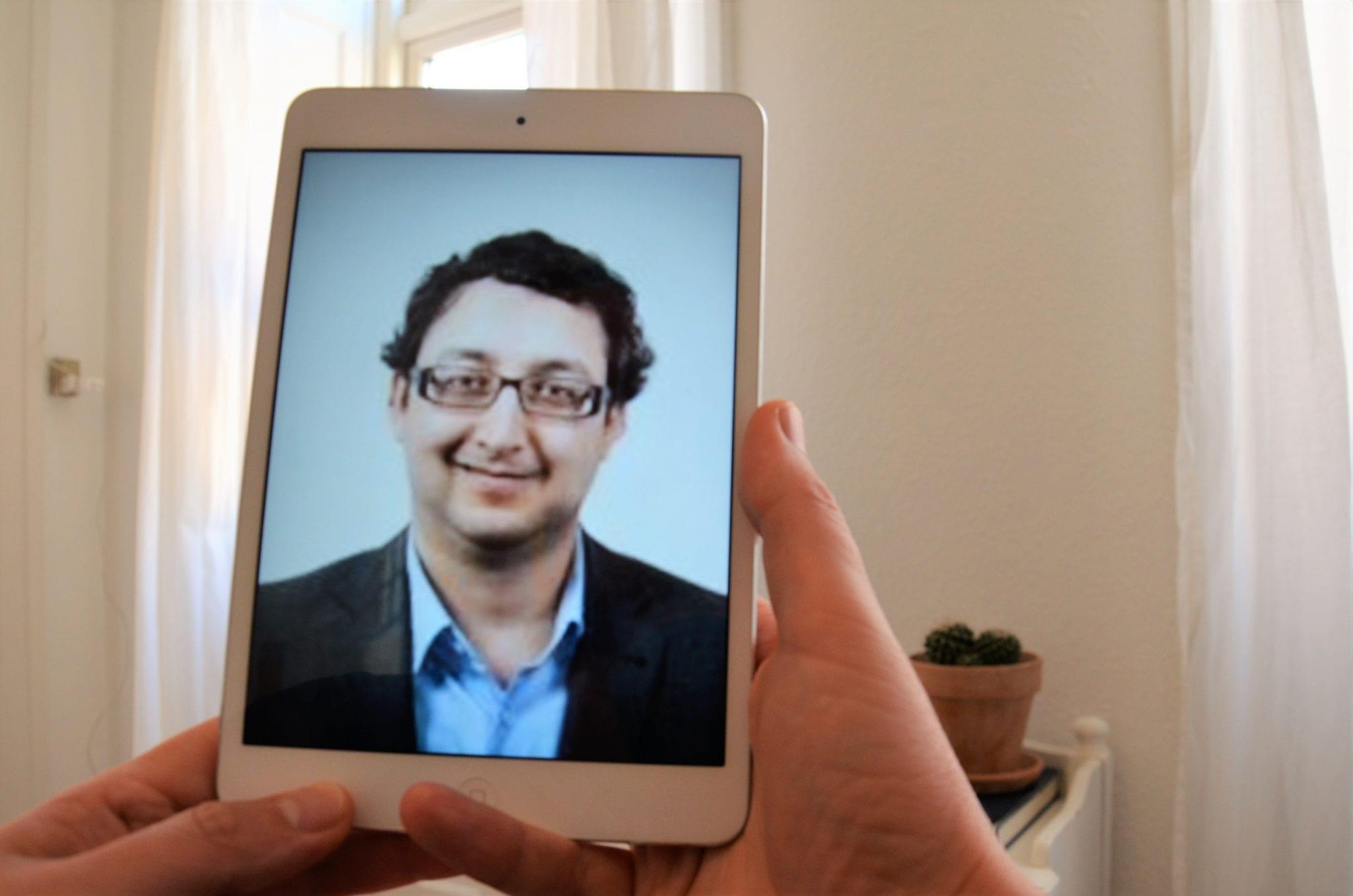 Christopher, im Skype-Call, aus seinem neuen Coworking-Space in Reutlingen.